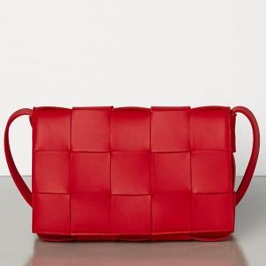 Bottega Veneta Cassette Bag In Red Lambskin