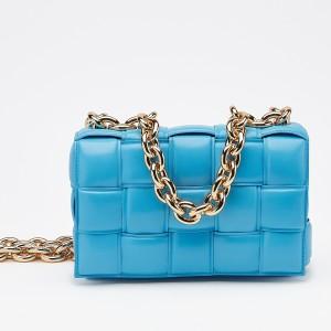 Bottega Veneta Chain Cassette Bag In Blue Calfskin