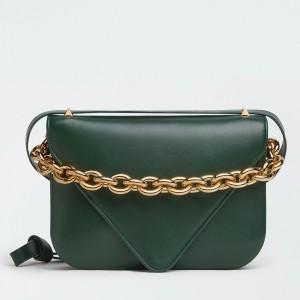 Bottega Veneta Mount Medium Envelope Bag In Green Calfskin