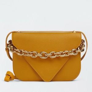 Bottega Veneta Mount Medium Envelope Bag In Cob Leather