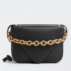 Bottega Veneta Mount Medium Envelope Bag In Black Leather