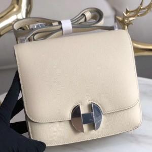 Hermes 2002 20cm Bag In Craie Evercolor Calfskin