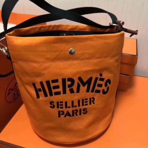 Hermes Grooming Bucket Bag In Orange Canvas
