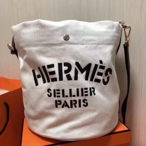 Hermes Grooming Bucket Bag In White Canvas