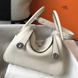 Hermes Lindy 26cm Bag In White Clemence With PHW