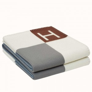 Hermes Ecru Gris Avalon Vibration Throw Blanket