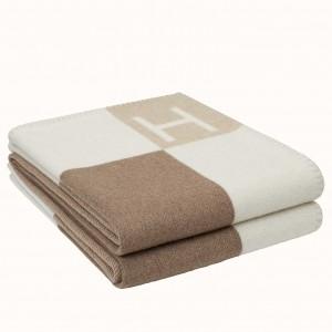 Hermes Ecru Naturel Avalon Vibration Throw Blanket