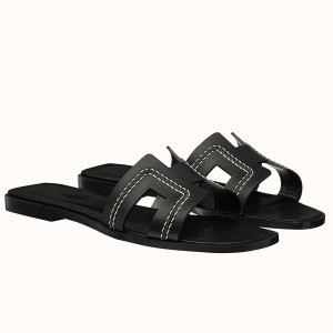 Hermes Oran Sandals In Black Leather With Stitched Detail