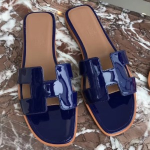 Hermes Oran Sandals In Blue Patent Leather
