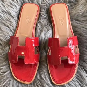 Hermes Oran Sandals In Red Patent Leather