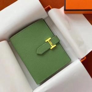 Hermes Bearn Compact Wallet In Vert Criquet Epsom Leather