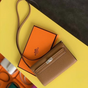 Hermes Kelly Classique To Go Wallet In Gold Epsom Calfskin