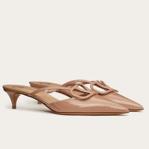 Valentino VLogo Mules 40mm In Beige Patent Leather