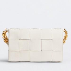 Bottega Veneta Cassette Bag In White Grained Leather