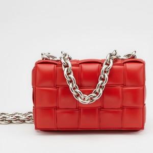 Bottega Veneta Chain Cassette Bag In Red Calfskin