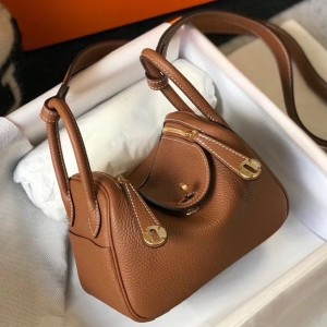 Hermes Mini Lindy Bag In Brown Clemence Leather