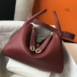 Hermes Lindy 30cm Bag In Bordeaux Clemence Leather