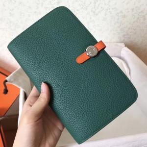 Hermes Bicolor Dogon Duo Wallet In Malachite/Orange Leather