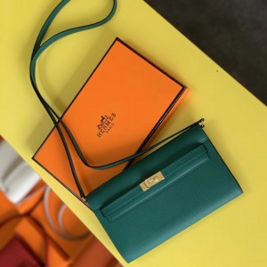 Hermes Kelly Classique To Go Wallet In Malachite Epsom Calfskin