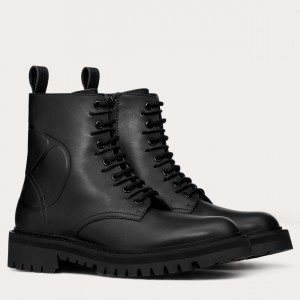 Valentino Garavani Black VLOGO Combat Boot 35 mm